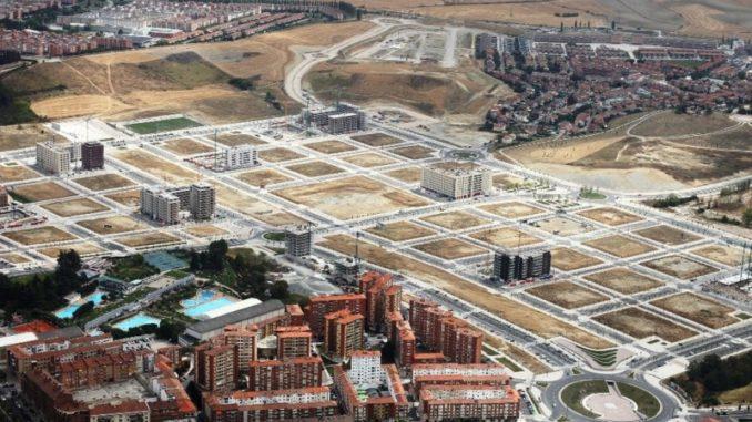 Dos empresas adquieren porcentajes de participación en parcelas municipales de Arrosadía-Lezkairu