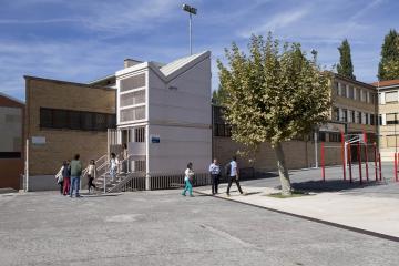 El 2 de marzo se pondrá en marcha la nueva Unidad de Barrio de Lezkairu en el antiguo colegio José Vila