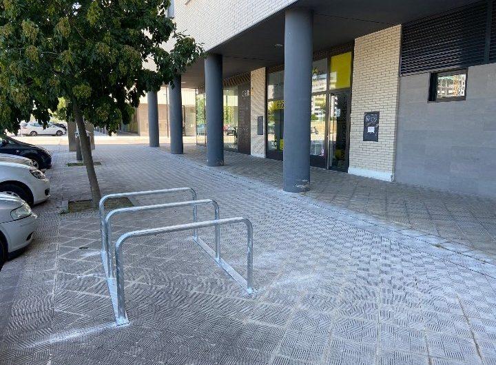 ¿Nuevos aparcabicis en Lezkairu?