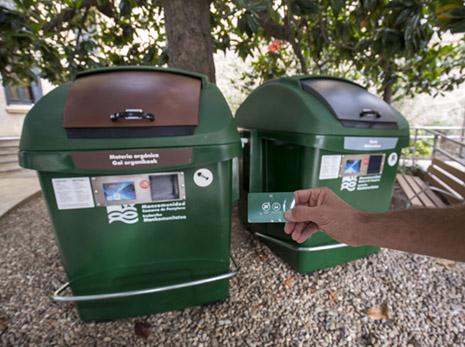 Implantación del nuevo sistema de apertura para contenedor marrón (orgánico) y gris (resto) a partir de noviembre en Lezkairu